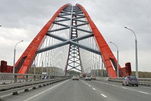 На Бугринском мосту