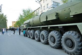 Ярсы на репетиции парадаПобеды в Новосибирске