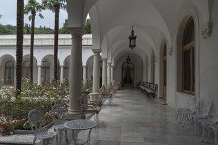 Колонада итальянского дворика Ливадийского дворца