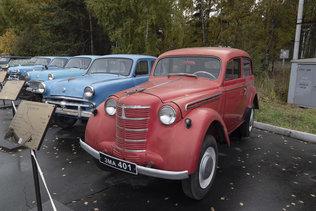 Автомобиль Москвич-400-420 в музее имени Н.А. Акулинина