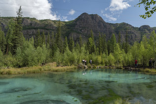 Краски гейзерного озера