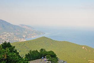 Южный берег Крыма с высоты Ай-Петри