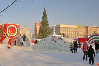 Новогодняя ёлка на площади Ленина