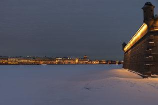 Вид на ночной Санкт-Петебург с Петропавловской крепости