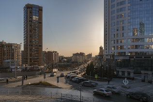 Весенний вечер на улице Сибревкома
