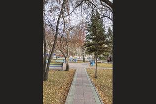 Нарымский сквер в конце октября