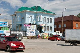 На улице Советской в Колывани