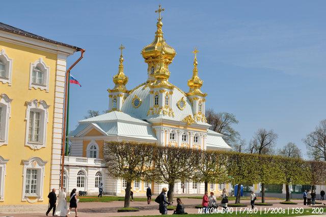 Церковный корпус Большого дворца в Петергофе