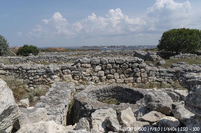 Древний колодец в Херсонесе