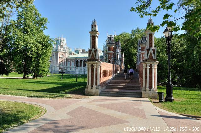 Дворцово-парковый ансамбль Царицино