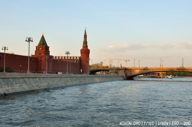 Беклемишевская башня у Москворецкого моста