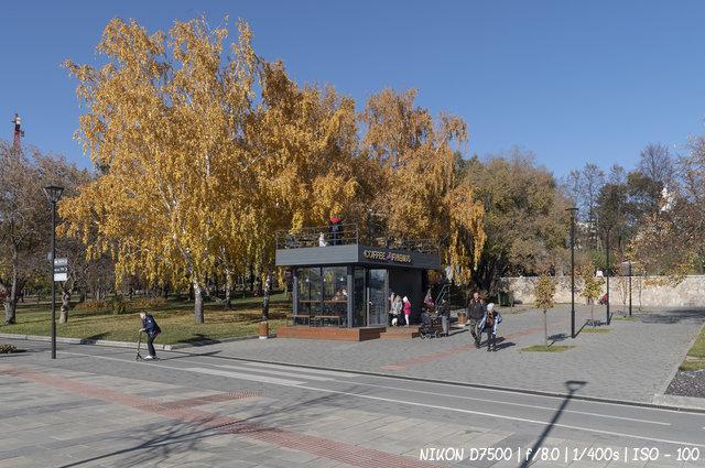 Краски осени на михайловской набережной