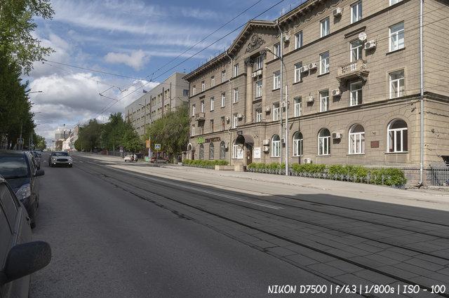 Серебренниковская улица