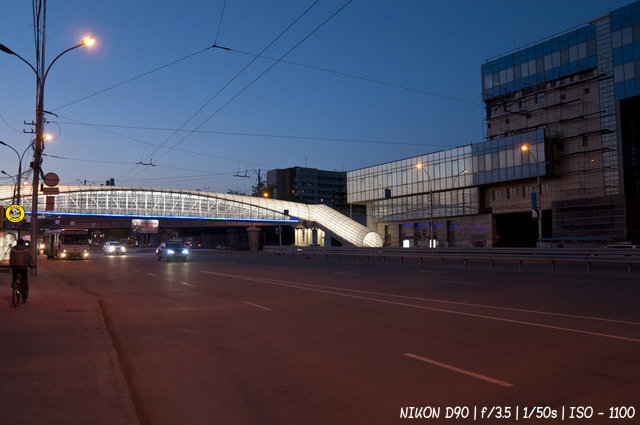 Переходной мост возле автовокзала в Новосибирске